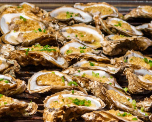 Grilled oysters with rice